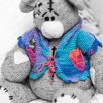 Большой вязаный медведь