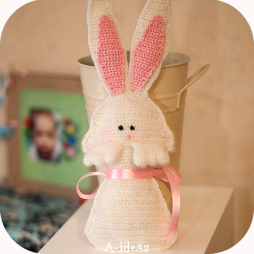 декор к Пасхе вязаный крючком кролик