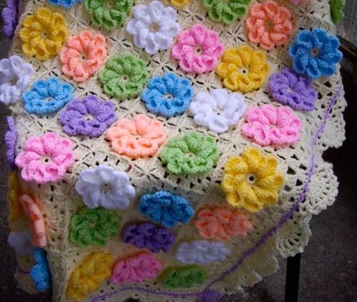 бабушкин квадрат с объемным цветком, схема