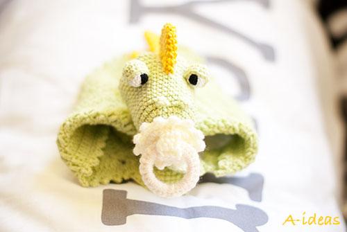 Вязаная игрушка для малыша - Дракоша